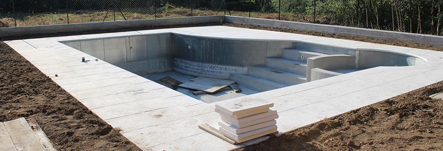 Comment faire pour construire une piscine for Construction piscine permis